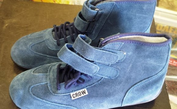 Crow Racing Mid Top Suede
