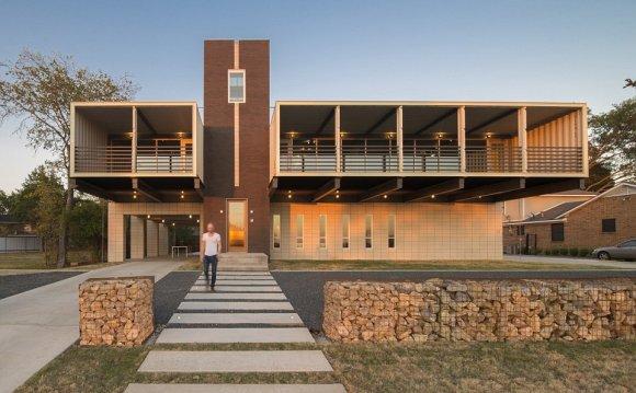 Dallas architects Matt Mooney