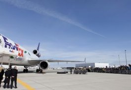 FedEx Panda Express plane draws a crowd in Toronto