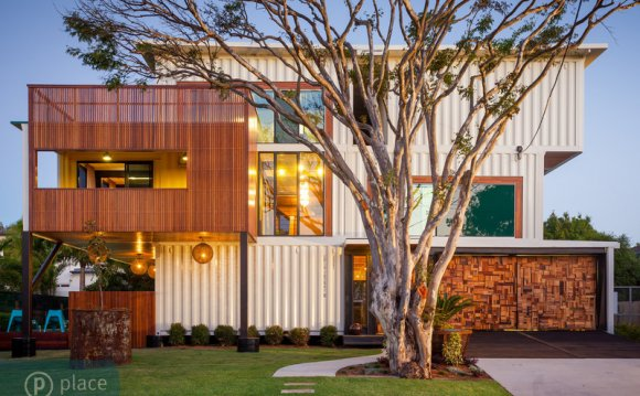 Houses made of shipping containers
